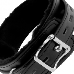 DARKNESS COLLAR CONFORTABLE DE POSTURA CON CADENA LEATHER